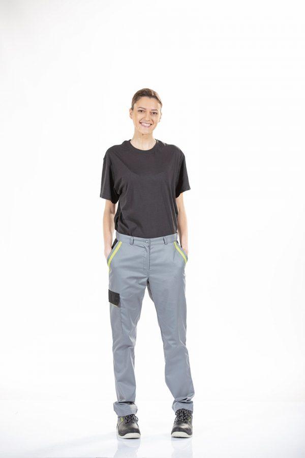 Calça de senhora com bolso lateral