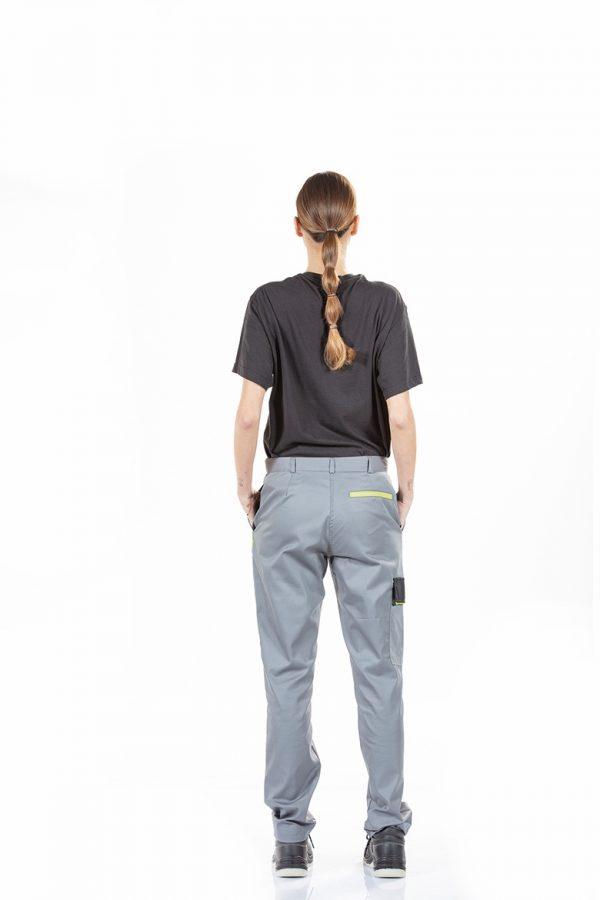 Calça de senhora com bolso lateral para farda de trabalho