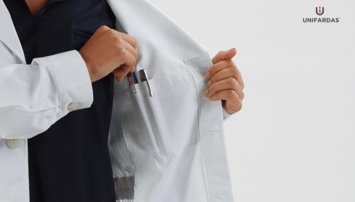 Batas Escolares – Saiba quais as vantagens em usar esta peça de vestuário