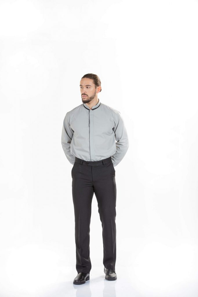 calças de trabalho de homem