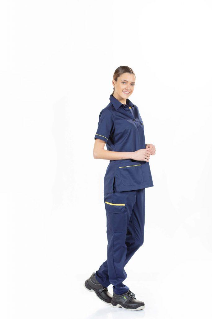 Roupa feminina para a rea da indstria cala e tnica de manga curta em azul marinho