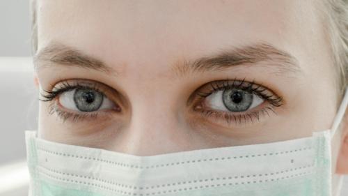 As máscaras feitas em casa podem-nos proteger contra o Coronavírus?
