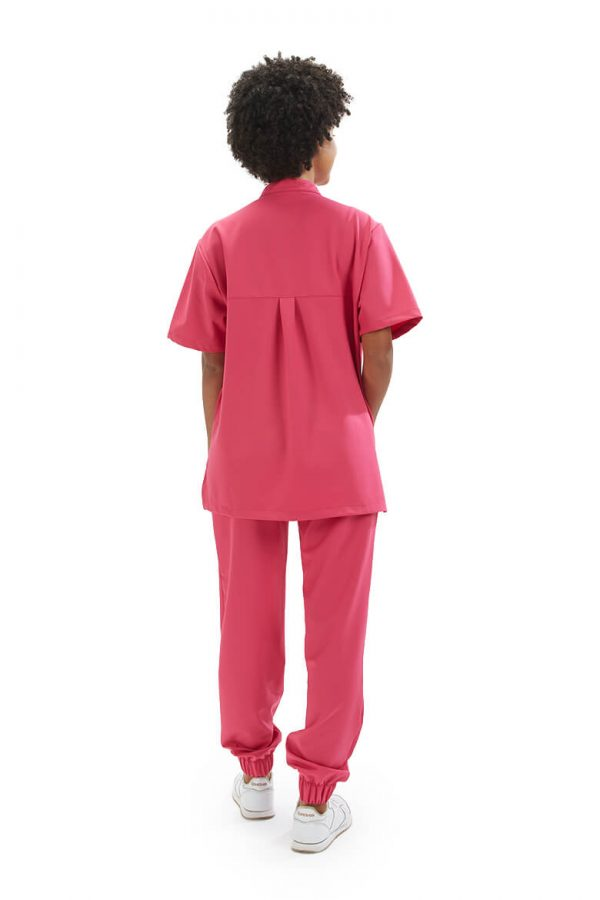 Foto de costas na túnica unissexo para farda de enfermeira da HISI Collection